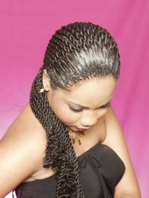 Black-hair-styles-p7215608_0